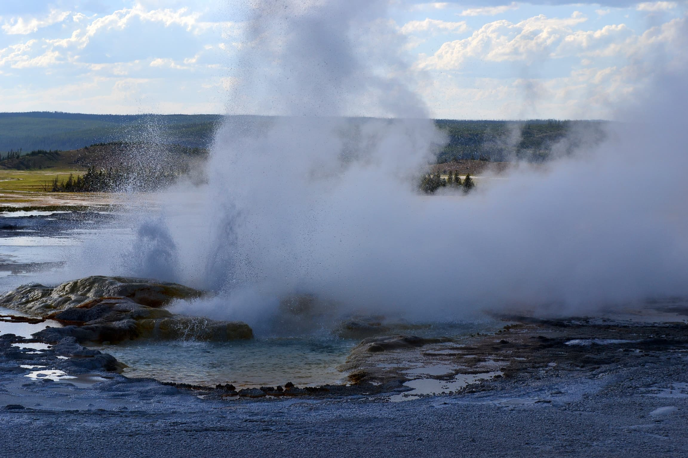 Fifth picture of continuing geyser eruption.