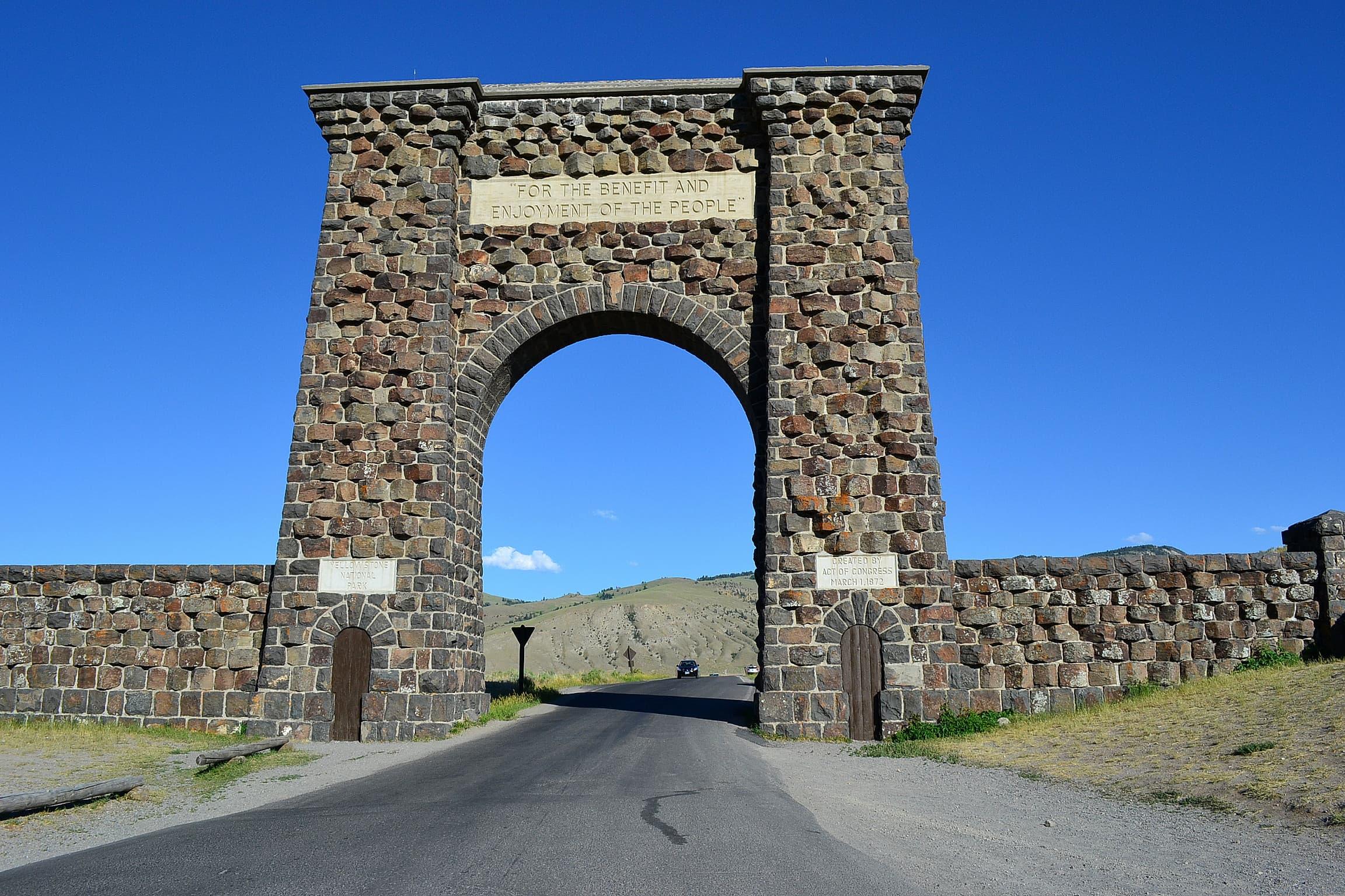 Roosevelt Arch National Park entrance.